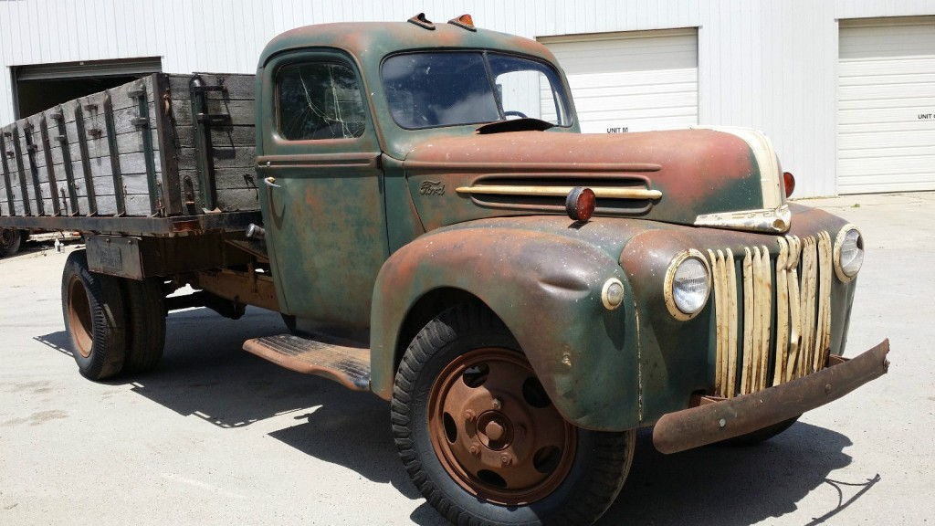 1946 Ford 1 1/2 Ton Grain truck for sale