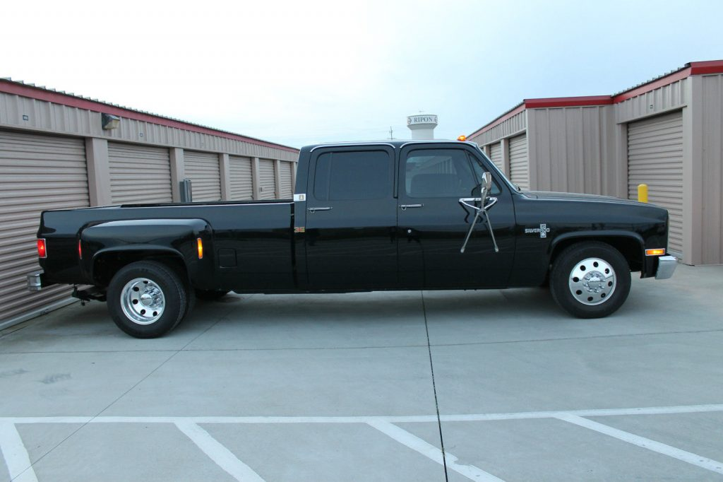 Dually Short Bed >> All blacked out 1984 Chevrolet C30 Silverado Crew Cab Pickup Dually (Unrestored!) for sale
