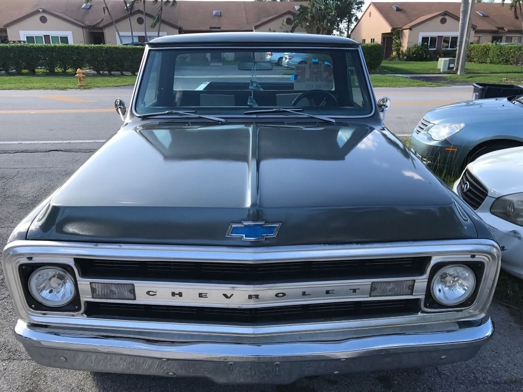1970 Chevy C10 custom step side long bed