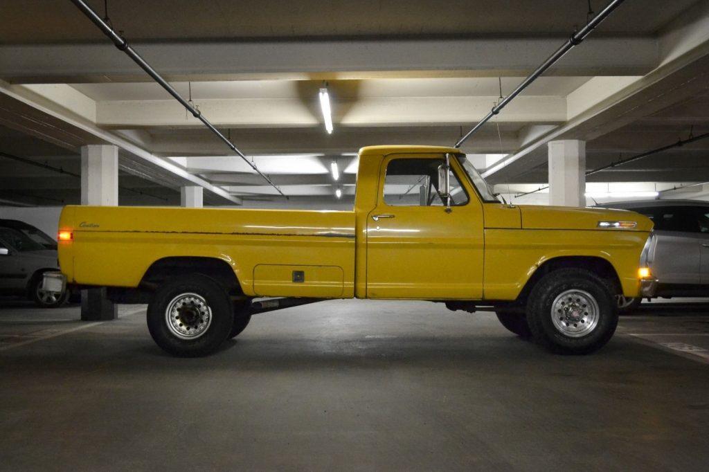 1972 Ford F100 custom 4×4