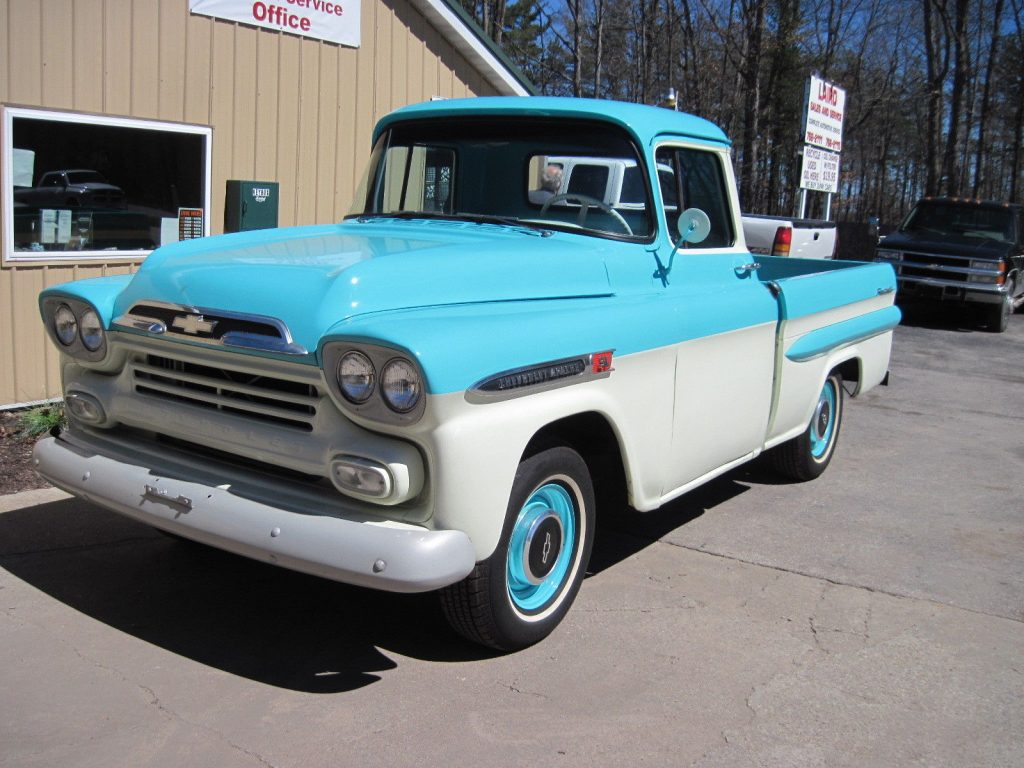 Camper hauler 1959 Chevrolet Pickup Apache vintage truck
