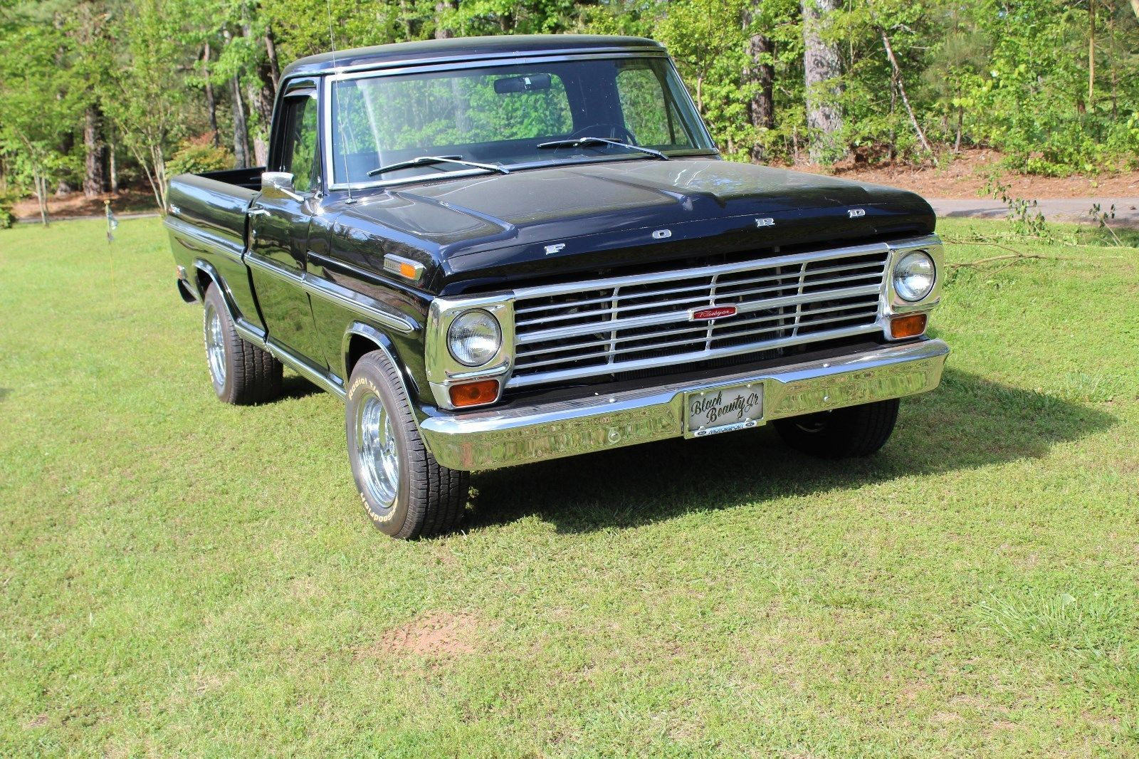 completely restored 1968 ford f 100 ranger vintage truck for sale. Black Bedroom Furniture Sets. Home Design Ideas