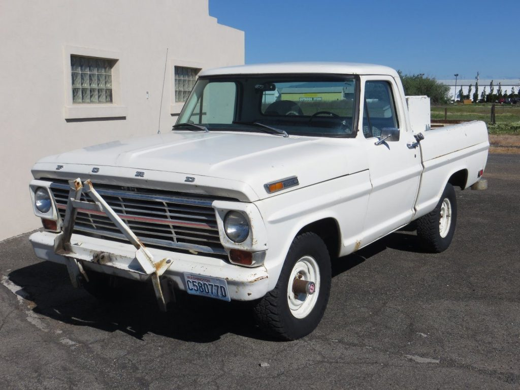 Snow plow 1968 Ford F 100 vintage truck