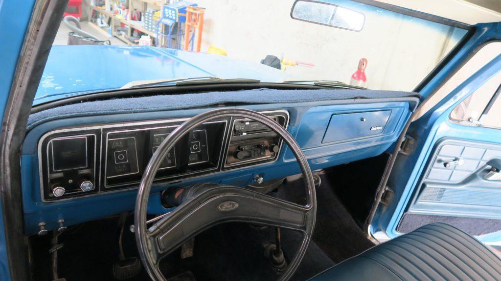 Upgraded engine 1976 Ford F 150 Custom Factory vintage