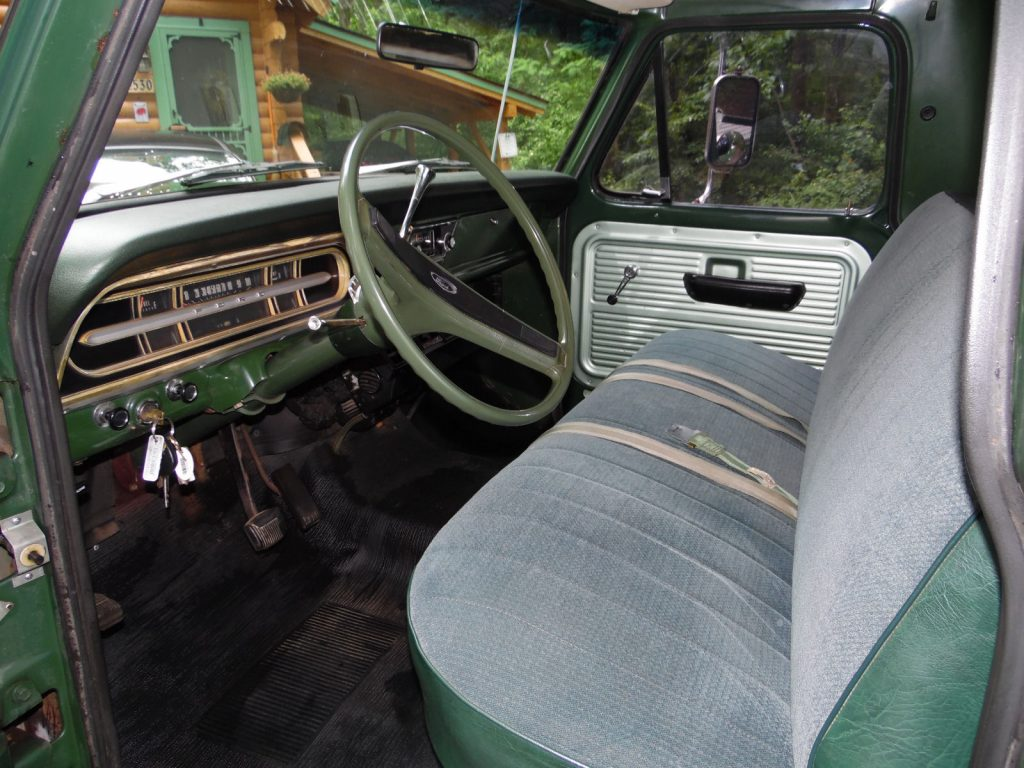 Family owned since new 1971 Ford F 100 Custom vintage
