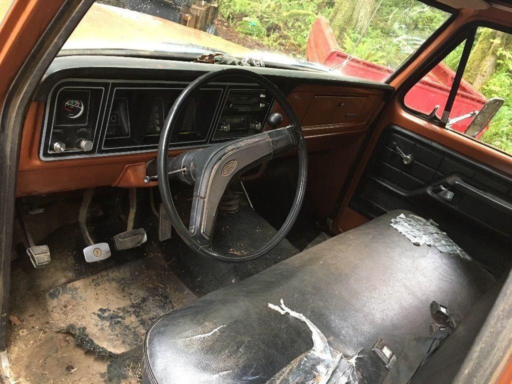 Manual transmission 1976 Ford F 250 vintage