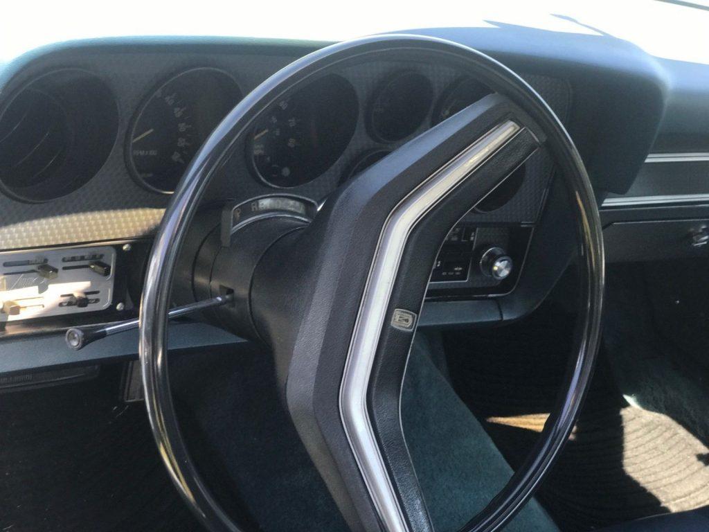 New paintjob 1977 Ford Ranchero GT vintage