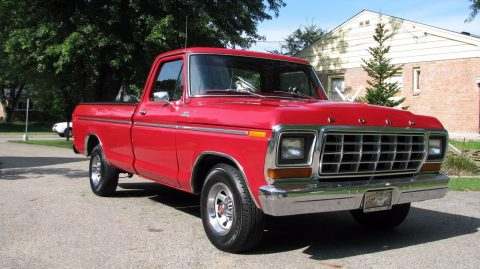 Dual fuel tank 1978 Ford F 150 vintage for sale