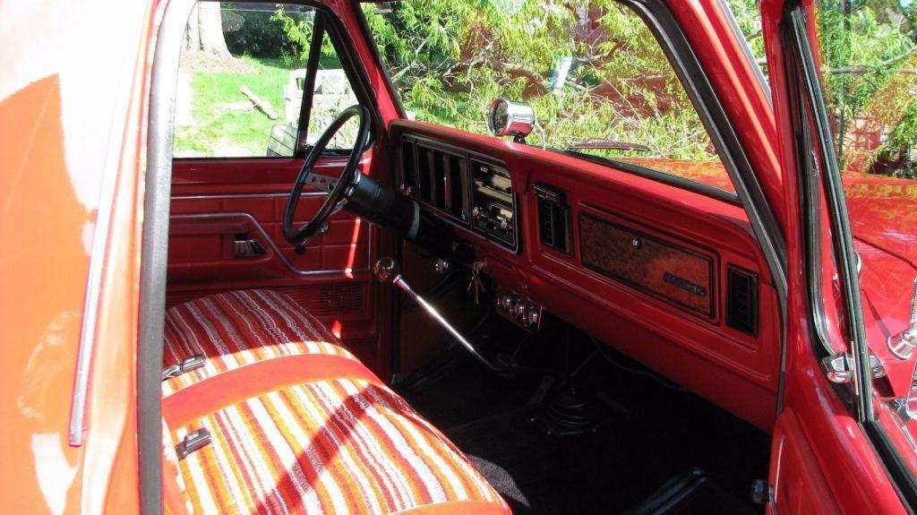 Dual fuel tank 1978 Ford F 150 vintage