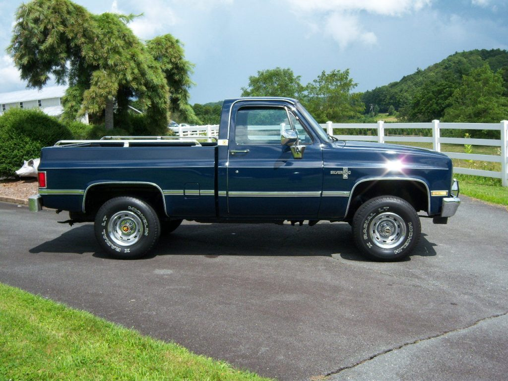 Newer paint 1987 Chevrolet C 10 Silverado vintage
