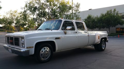 Very clean 1987 Chevrolet C/K Pickup 3500 vintage for sale