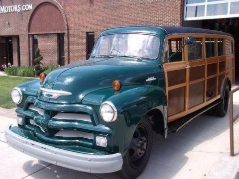 Estate BUS 1954 Chevrolet 4400 Woody vintage for sale
