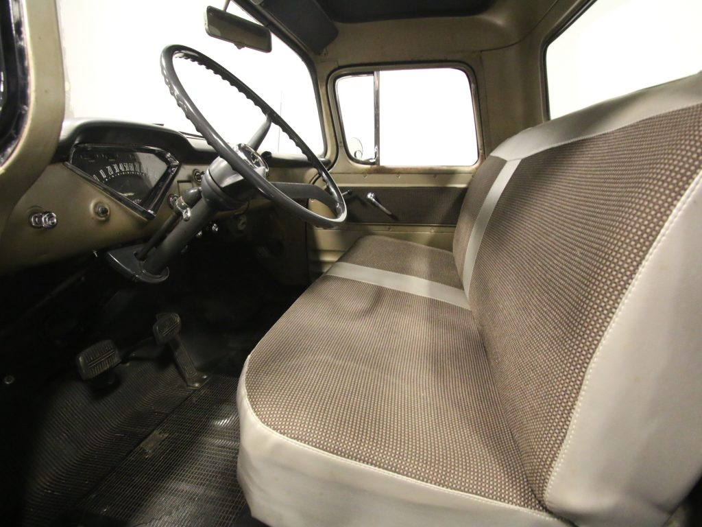 pristine 1959 Chevrolet Apache vintage pickup