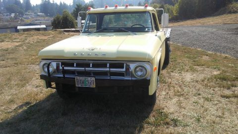 all original 1968 Dodge Pickups Stakeside Flatbed vintage for sale
