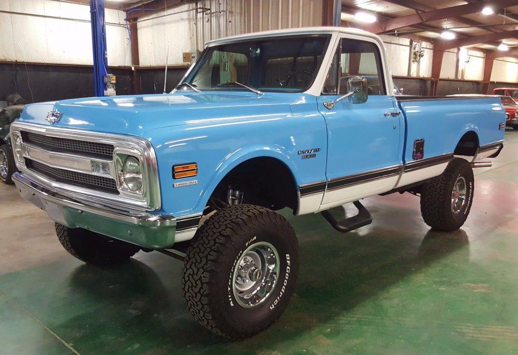 factory 4×4 1970 Chevrolet C 10 pickup vintage for sale
