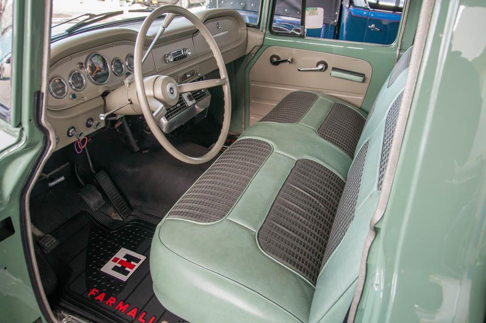 frame off restored 1968 International Harvester 100C vintage truck