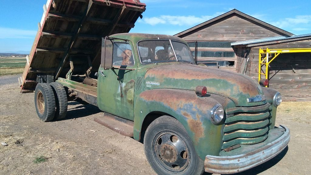 rust free 1949 Chevrolet 6400 vintage truck for sale