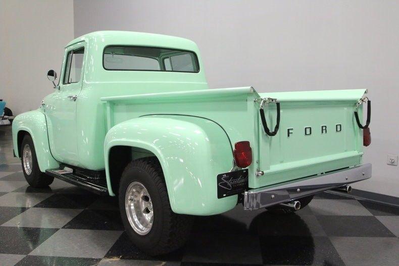 Restomod 1956 Ford F 100 pickup vintage
