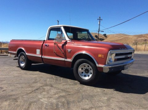 Extremely straight 1968 Chevrolet C/K Pickup 2500 Custom vintage for sale