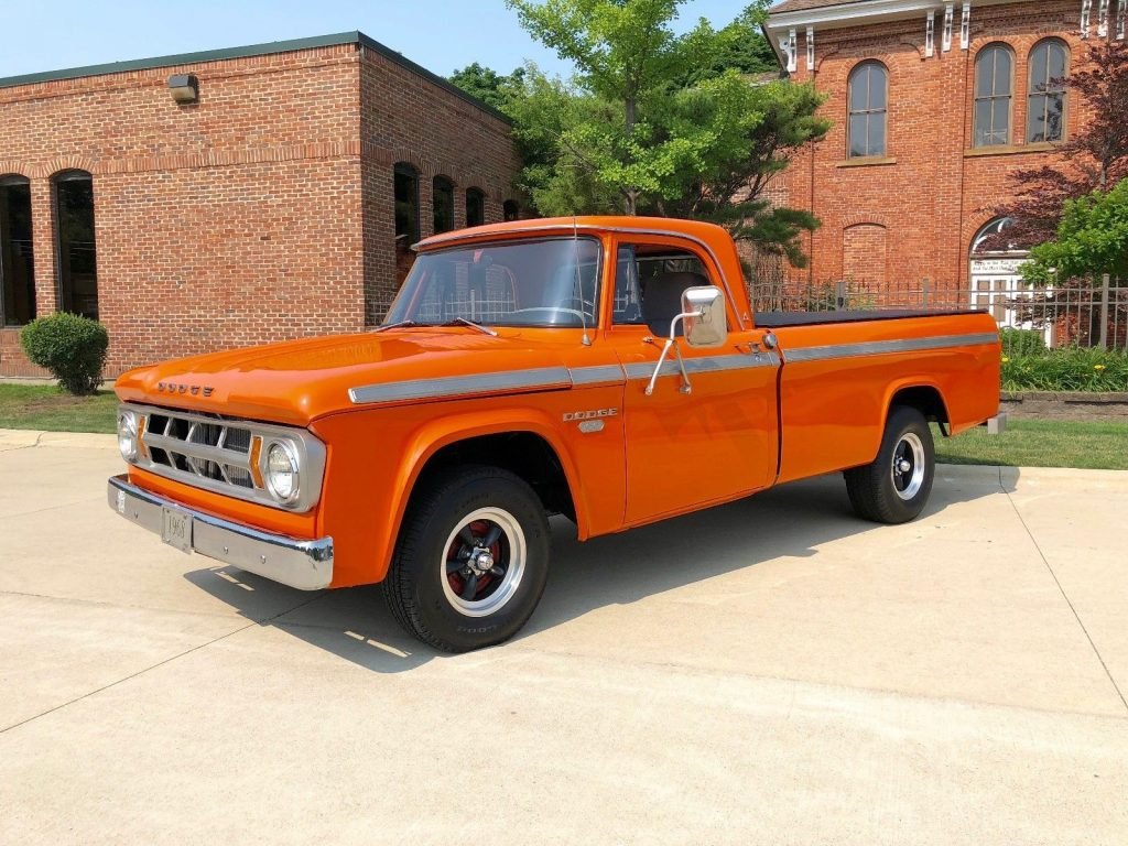 impeccable 1968 Dodge 100 Pickup vintage truck