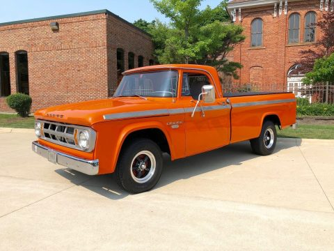 impeccable 1968 Dodge 100 Pickup vintage truck for sale