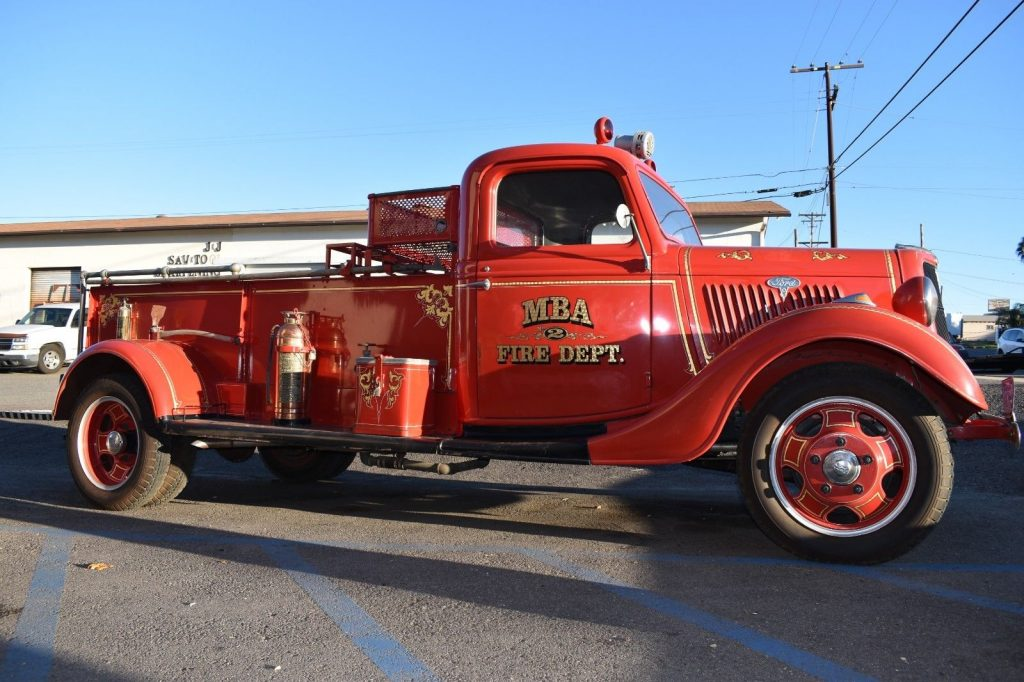 very nice 1935 Ford Fire truck vintage truck