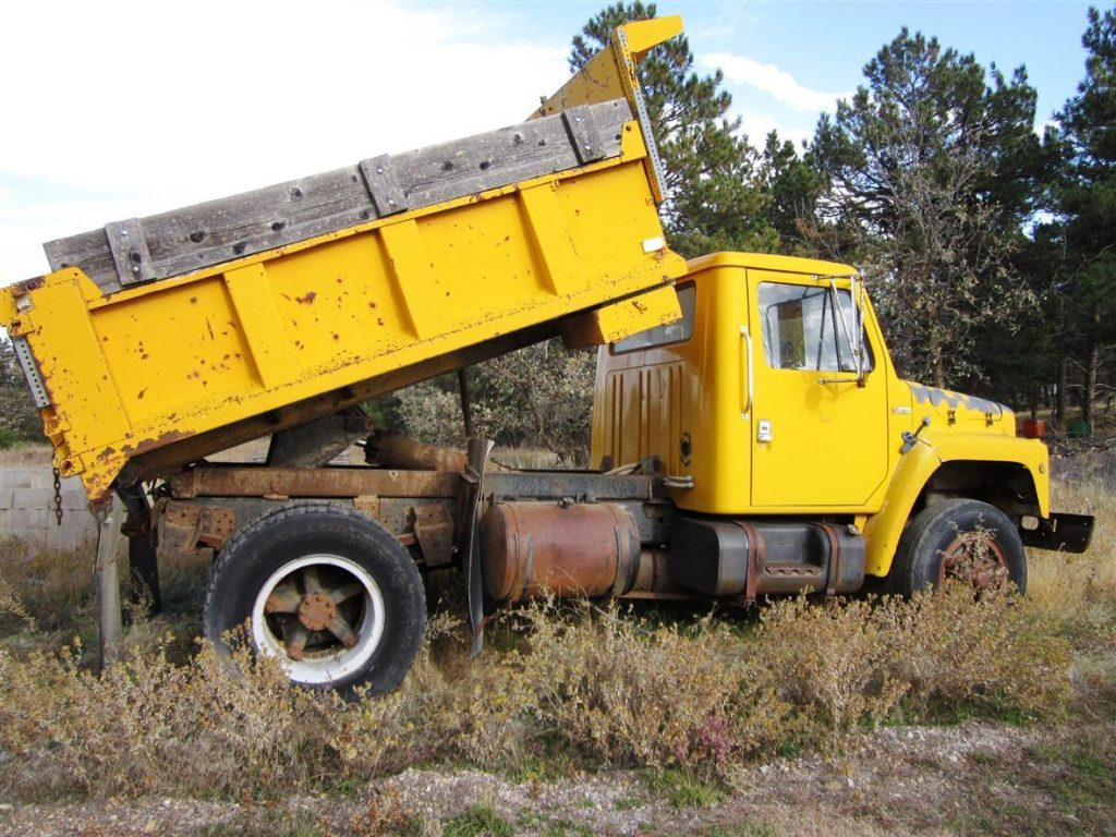 great running 1980 International Harvester Dumptruck vintage
