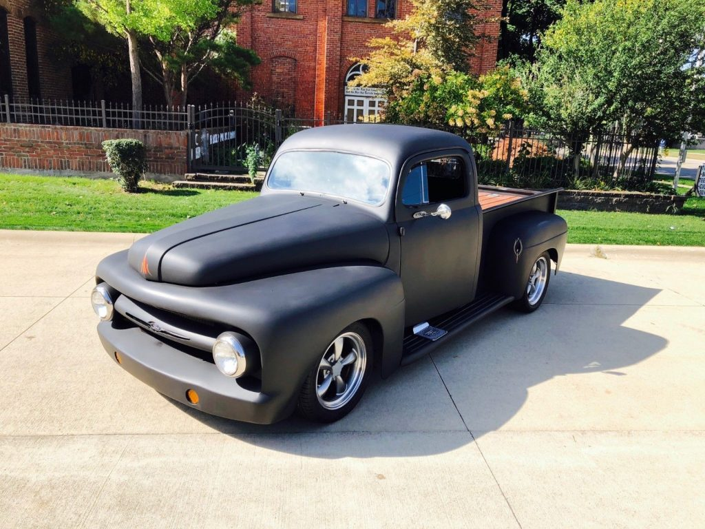 nicely customized 1952 Ford F 100 vintage pickup