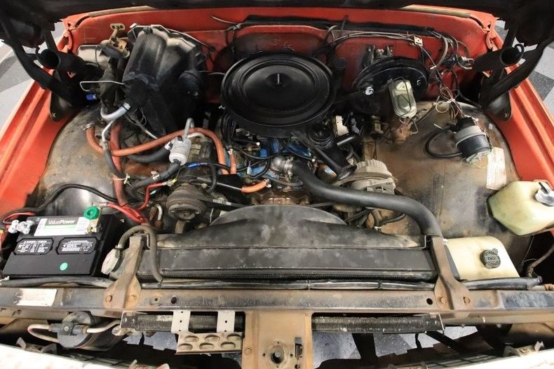 crate engine 1971 Chevrolet C 10 Cheyenne pickup vintage