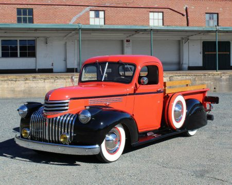 customized 1946 Chevrolet Pickups DeLUXE vintage for sale