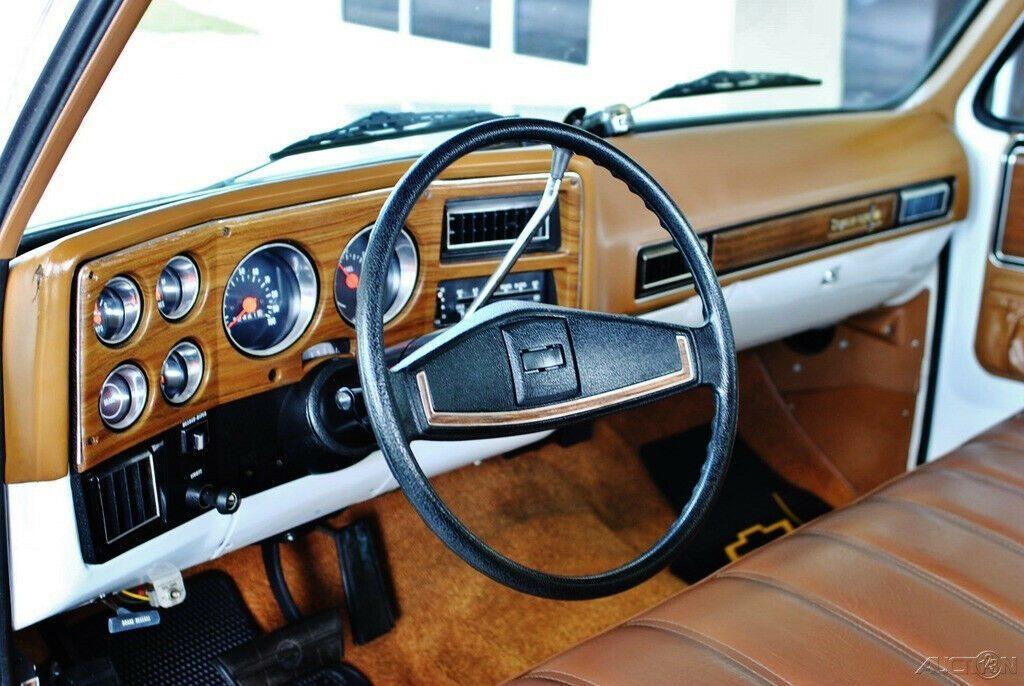 low miles 1974 Chevrolet Cheyenne pickup vintage
