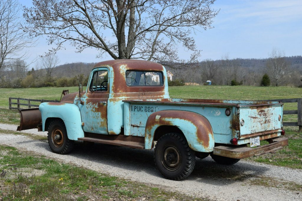nice patina 1956 International Harvester S120 vintage