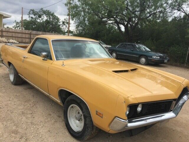 needs work 1971 Ford Ranchero GT vintage