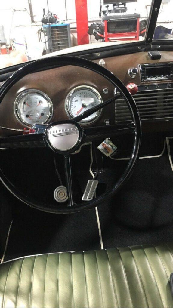 custom 1953 Chevrolet Pickup vintage