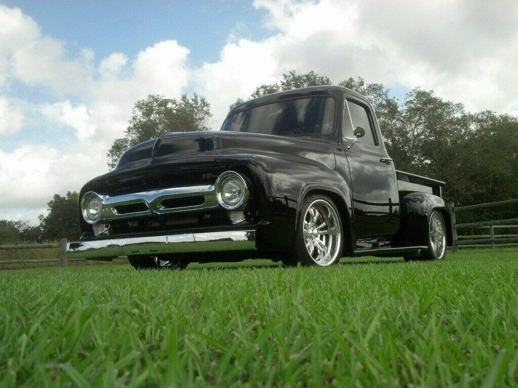 custom 1953 Ford F 100 pickup vintage